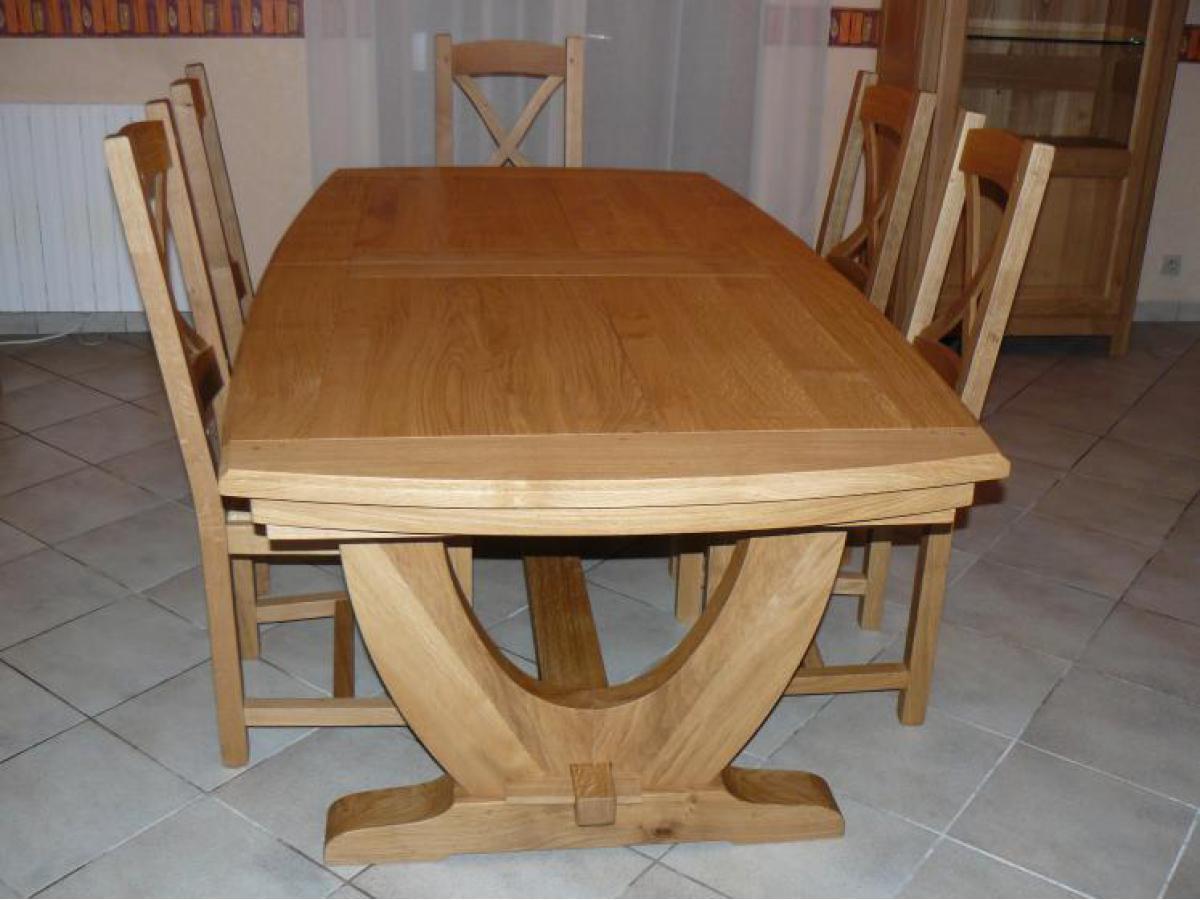 Table en chêne avec coulisses synchronisées