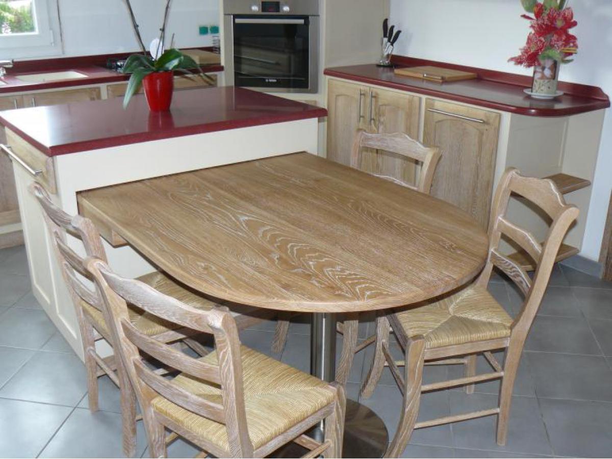 Plateau de table en chêne avec pied inox