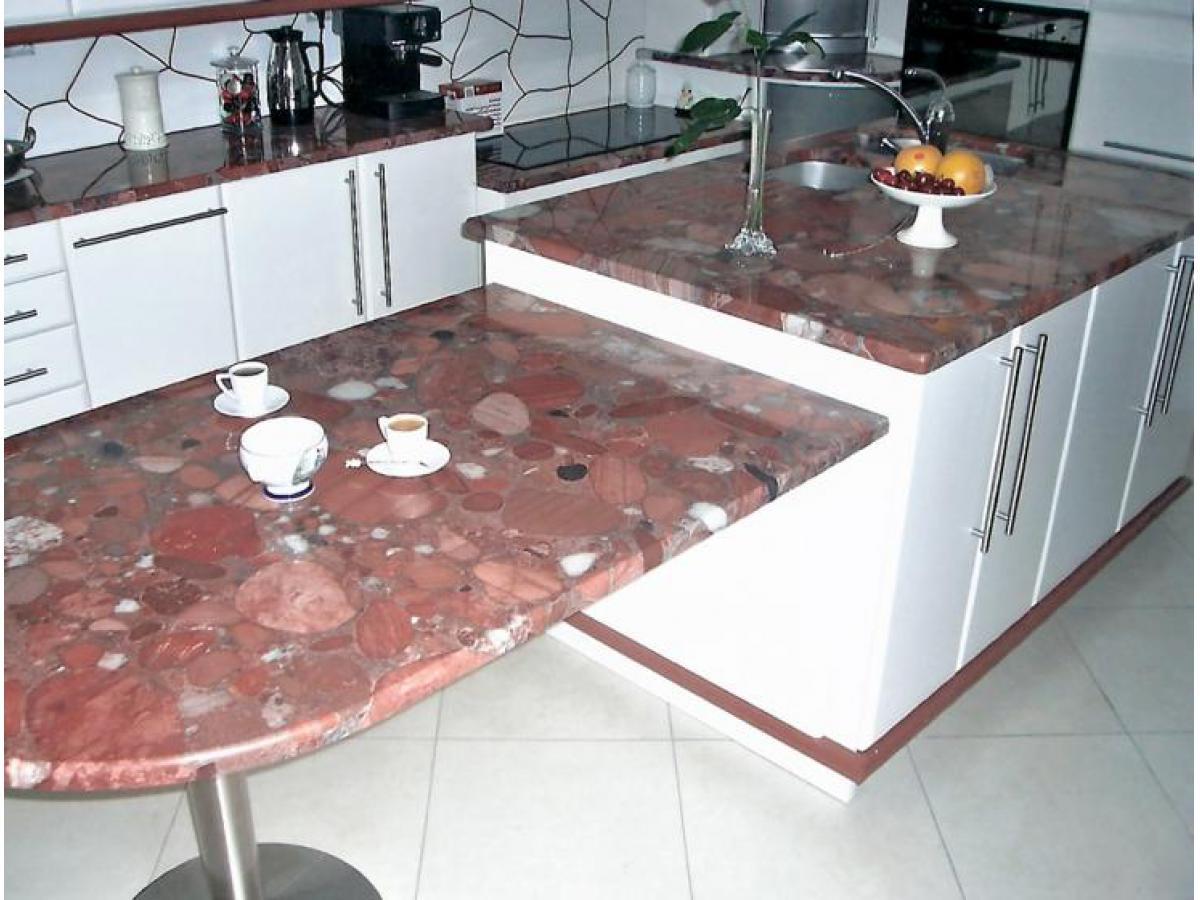 Eléments de cuisine en médium, laqués avec plan de travail en granit